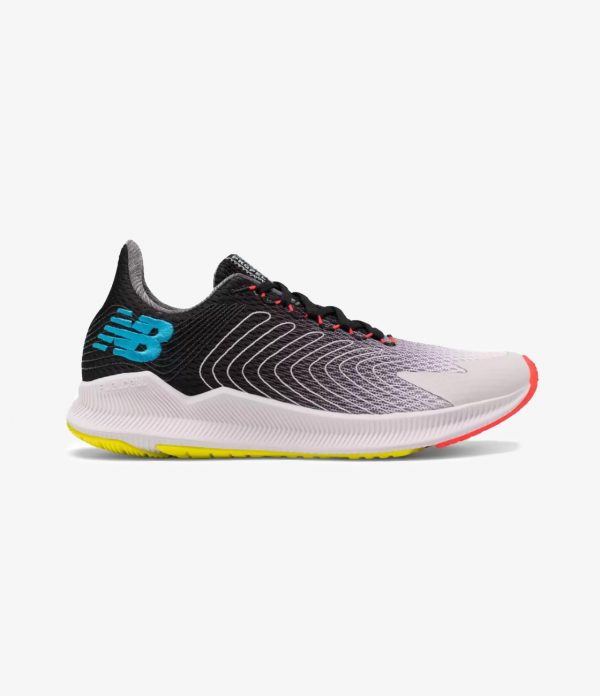New Balance – Fuel Cell Propel (1)
